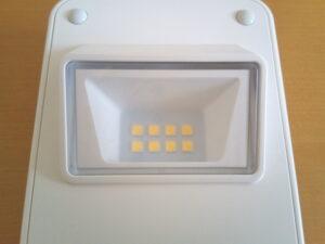 LEDは8チップ