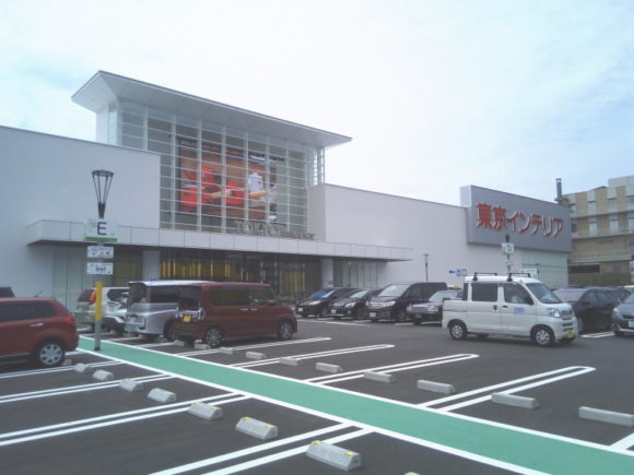 東京インテリア家具神戸店